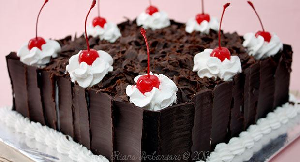 Natural Cooking Club Black Forest Cake